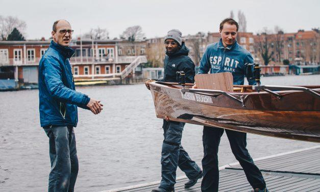 Fotogalerij: Nieuwe roeiboten komen de werkplaats uit